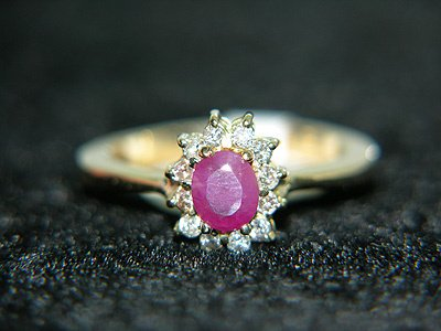 6252: 1.10cttw RUBY/DIAMOND FLOWER RING: 841094: