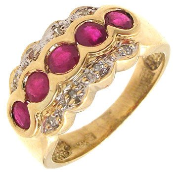 3252: 18KY .75cttw Ruby Round Bezel Diamond Accent Ring