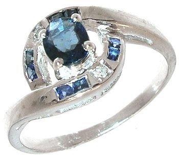 252: 14KW Sapphire round/bagg diamonds ring: 659878