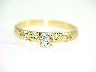 552: 14KY .17cttw DIAMOND ENGRAVED RING: 841678