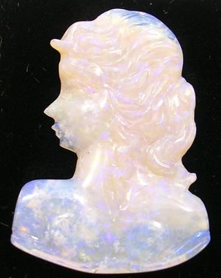 2257: 8.5ct Australian Jelly Lady Profile: 656163
