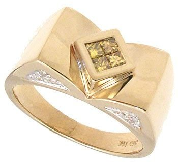 251: 14KYG .25cttw Golden/White Dia Ring