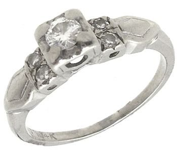 1263: 14KWG .24cttw Diamond rnd crown estate ring