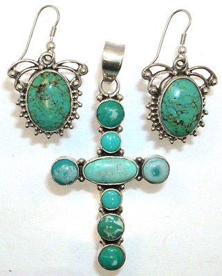 1566: SSilver Fancy Bezel Turquoise earrings & Pendant