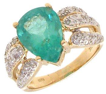 1611: 14KY 3.02ct Columbian Emerald Pear .20cttw Dia Ri