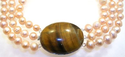 4560: Necklace 3S FW Champagne Pearls Tiger Eye Pendent