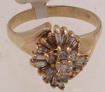 738: 14Kyg .75cttw Diamond Bagg Round Ring