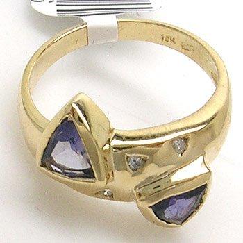 5383: 14KY .64ct Iolite Trillion Dia Ring
