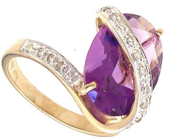 1731: 14KY 5.53ct Amethyst Oval Dia Ring 114451