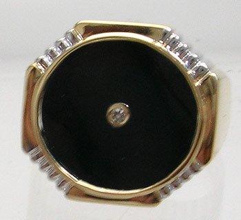 2409: 14KY Onyx Circle Diamond Mens Ring