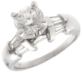 2490: 14KW 1.22cttw Diamond bagg ring