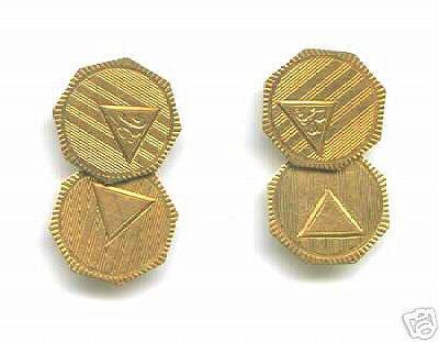 2811: 10KY Gold Engraved Octagonal Cufflinks