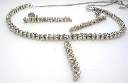 3540: 4.95ctw Diamond Necklace and 1.40 ctw Diamond Ear