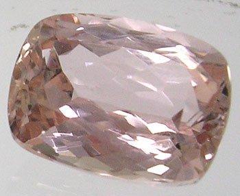 3816: 7ct Peach Morganite Cushion stone 12x10mm