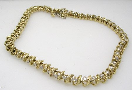 4411: 10KY 1.25ct Diamond Swirling Rope Bracelet