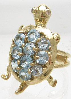 412: 14KY Blue Topaz Round Turtle Ring