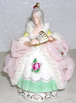423: Dresden figure continental German porcelain