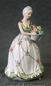 424: KPM LADY WITH MINT GREEN FLORAL DRESS FIGURINE & B