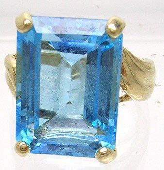 826: 14KY 16x12mm HUGE Blue Topaz Rectangle Ring