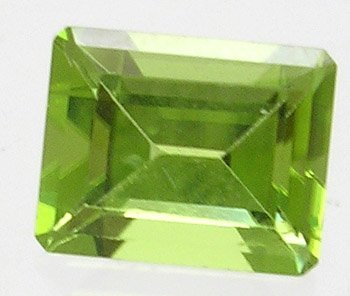 663: 3.5ct Apple Green Loose E-cut Peridot