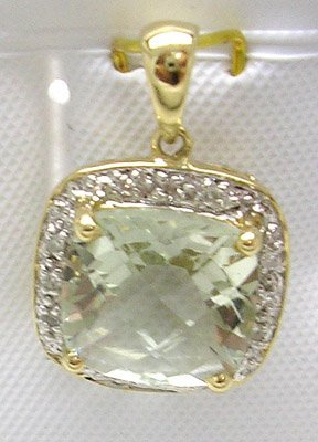 679: 14KY 3.9ct Green Quartz Cushion Diamond Pendant