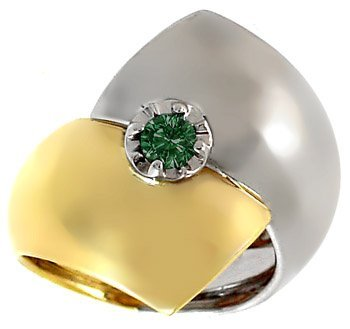 2007: .25ct Green Diamond Two Tone bypassing