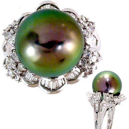 2049: WG 13.5mm Tahitian Pearl .89ct Diamond Ring