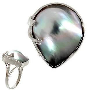 14 KT WG Tahitian mabé pearl freeform diamond ring