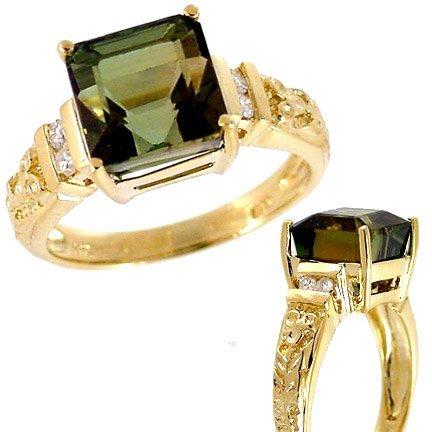25:14Kt YG 5.6c Green tourmaline square antique ring