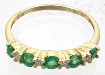 1378: 14YG 5-Stone .87ct Emerald & Round Diamond Ring
