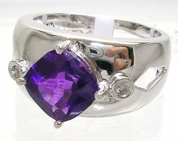 2404: 14WG 1.79ct Amethyst Cushion Diamond Ring