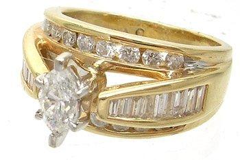 3001: 14KY 1.42cttw Diamond marq bagguette rd ring