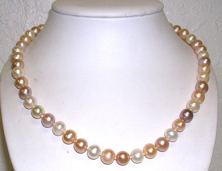 3830: 14KY 10/11mm White Pink Pearl Necklace