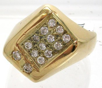 1251: 14KY .61 DIamond Mens Ring 8.3 Grams