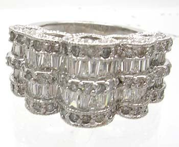 914: 14KW 2.8ct Diamond Bagguette Round Filligree Ring