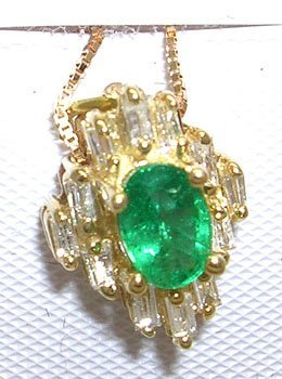 605: 14KY .75ct Emerald Oval .20ct Diamond Necklace