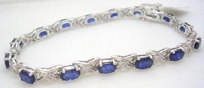 912: 14KW 8.49ct Sapphire .14ct Dia Bracelet
