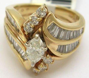 933: 14kyg 2.10ct Diamond Ring w/band 10.4grams