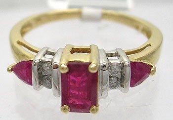 901: 14KY .60cttw Ruby ecut trillion Diamond Ring