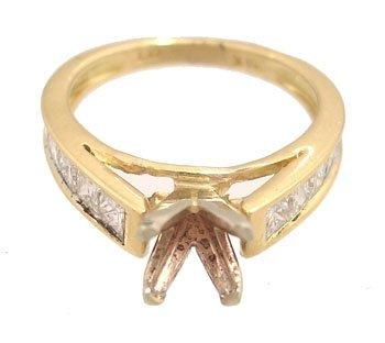 919: 18KY 1cttw Princess Diamond Semi Mount Ring