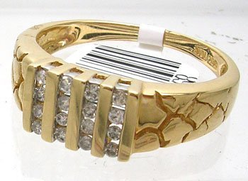 1127: 10KY .25cttw Diamond 4 Vertical Channel Mens Ring