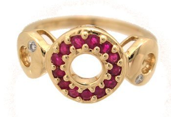 1904: 14KY .28ct Round Ruby Diamond 3 Hoop Ring