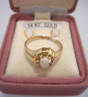 602: 14KY Opal Oval Earrings 10kY .30ct Opal Dia Ring