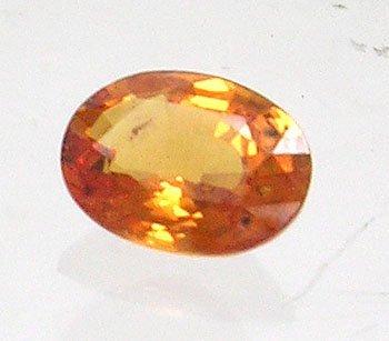 1613: 1.5ct Orange Sapphire Oval loose gem 8x5.5mm