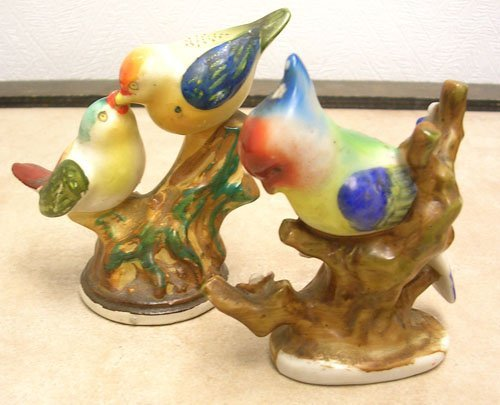 1619: 2 PC Made in Occupied Japan Bird Figurines