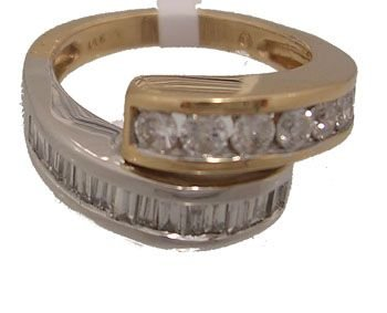 1918: 14KY 2-tone 1ctw Bagguette Rd Diamond bypass Ring