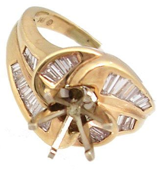 602: 14KY.62cttw Diamond Bagg Swirling Semi Mount Ring