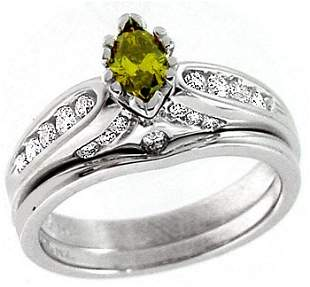 WG .27ct Yellow Diamond marq .41ct Dia ring
