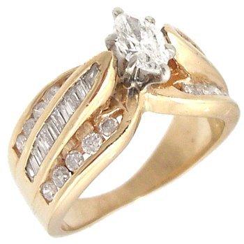 636: 14KY 1.15cttw Diamond Marq Bagg Rd Ring
