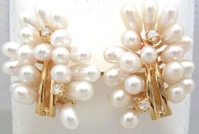 14KYWhite Drop Pearl Diamond Fashion Bundle Earrin
